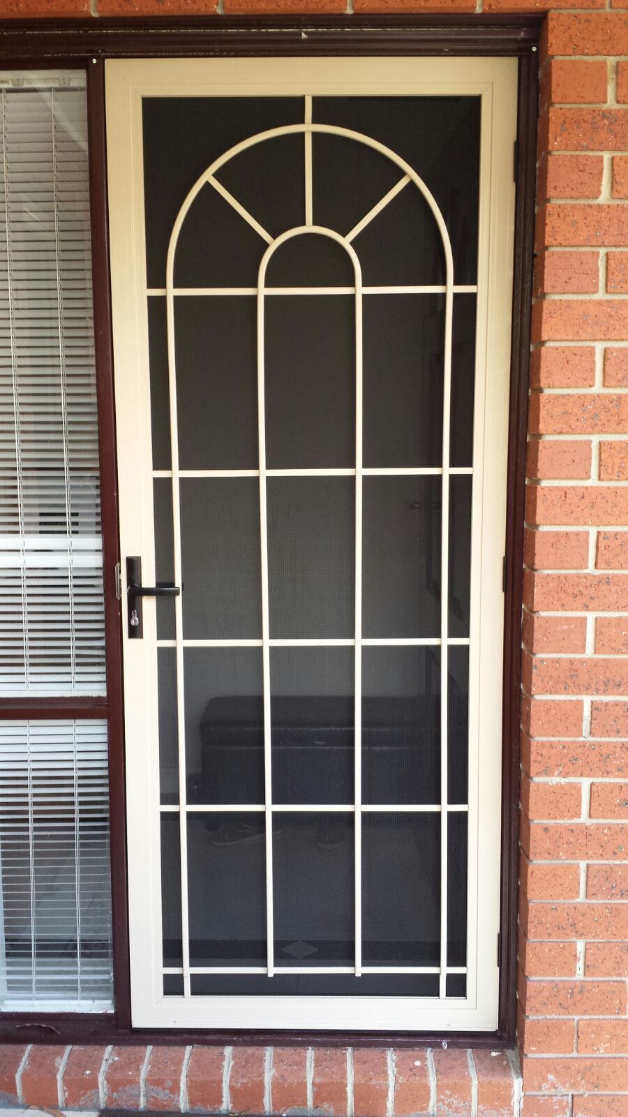Aluminium Frame Security Door With Steel Grille And Stainless Steel Mesh Installed In Mordialloc Puertas De Acero