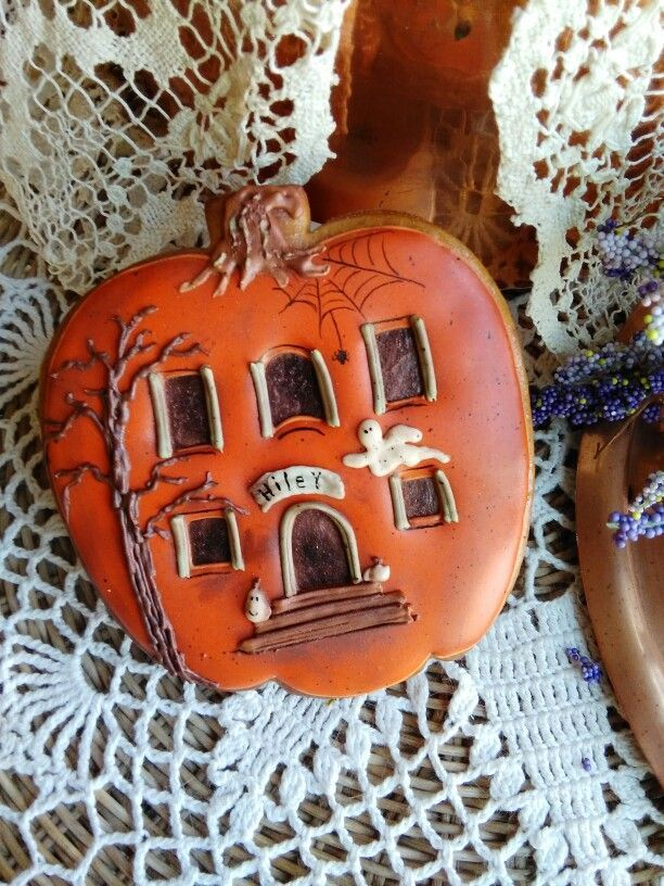 Halloween pumpkin decorated cookies Halloween Pinterest - halloween pumpkin cookies decorating