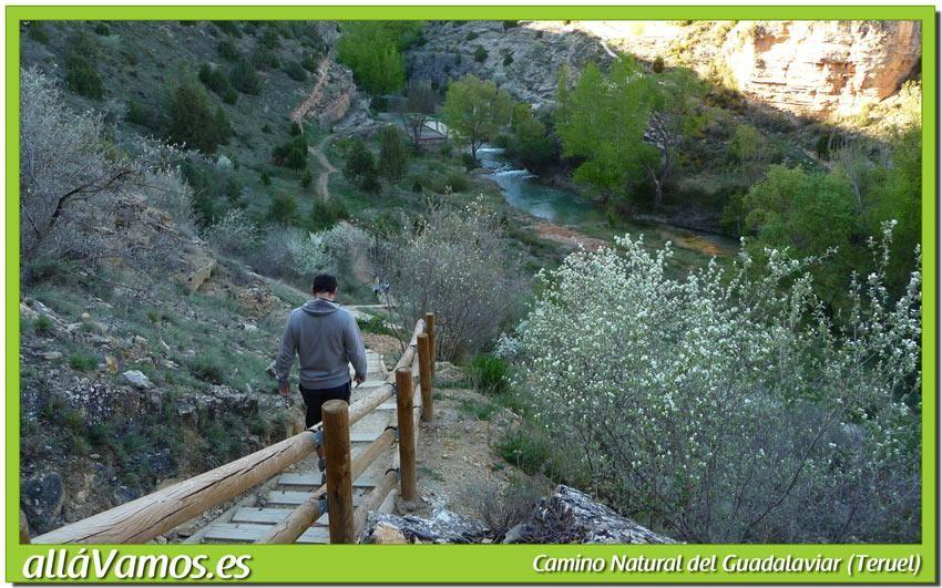 La Ruta Del Camino Natural Del Guadalaviar Sale Desde San Blas Y Llega Hasta El Pantano Del Arquillo Durante El Recorrido Podremos Di Paisajes Pantano Natural