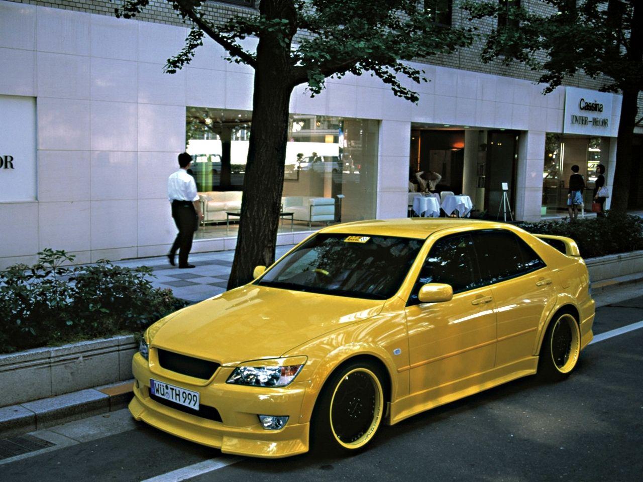 Genial Yellow Toyota Altezza