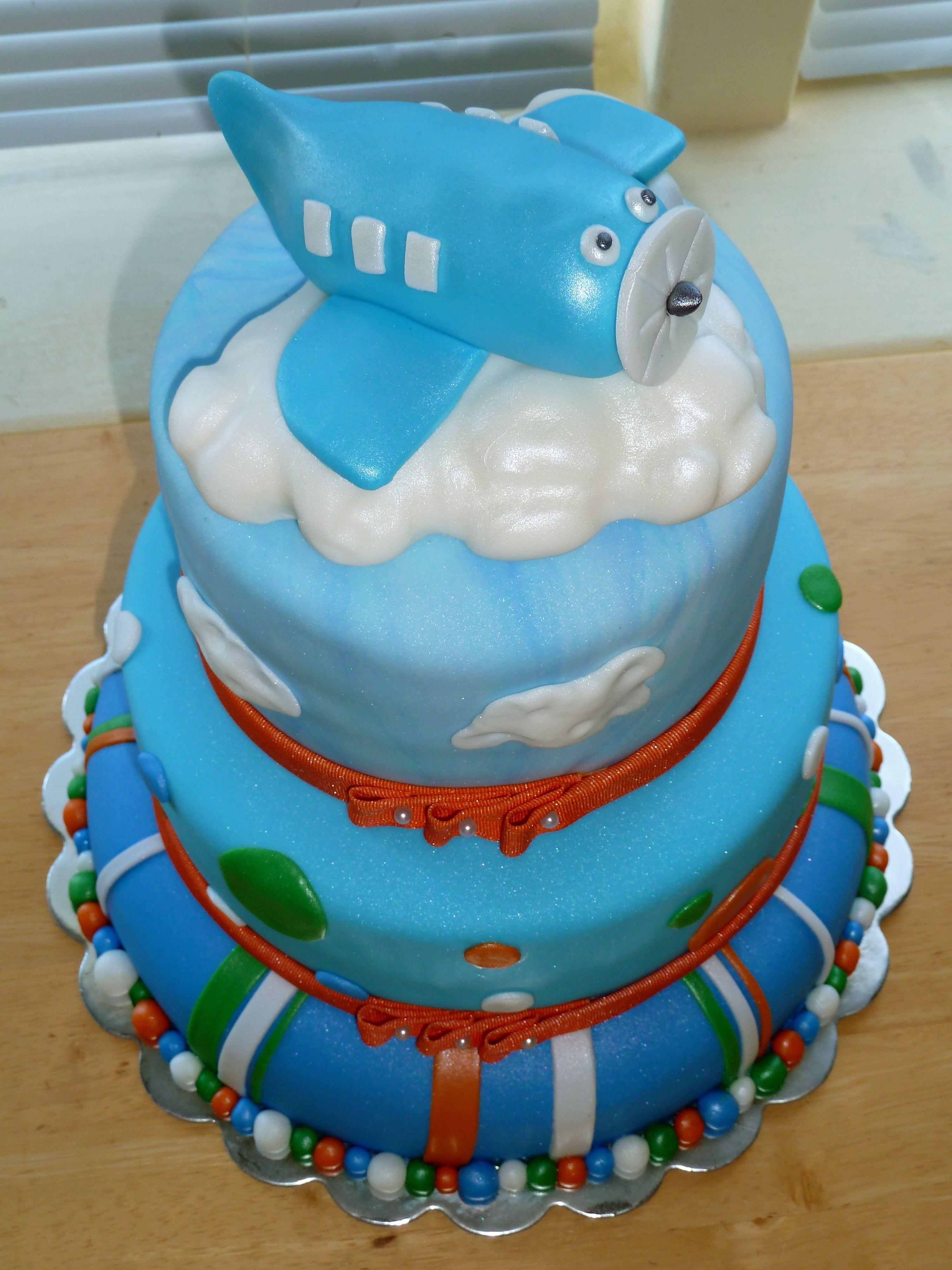 Airplane baby shower cake baby shower Pinterest