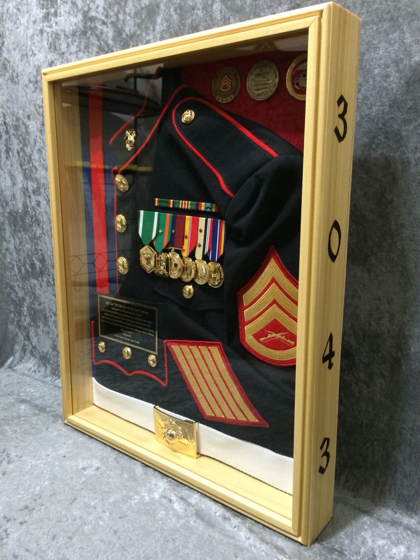 20 Shadow Box Ideas Cute And Creative Displaying Meaningful Memories Diy Shadow Box Military Shadow Box Shadow Box