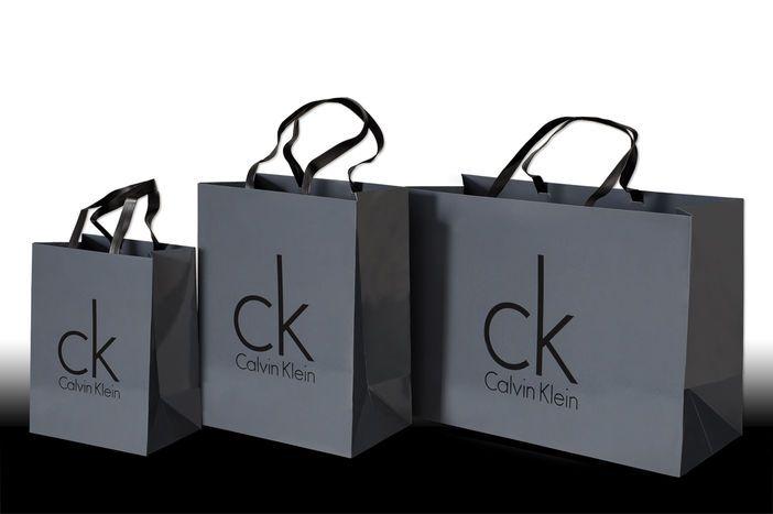 luxury paper bag - Pesquisa do Google Shopping Bag, Calvin Klein, Shopping  Tote Bags 0442f62dd4