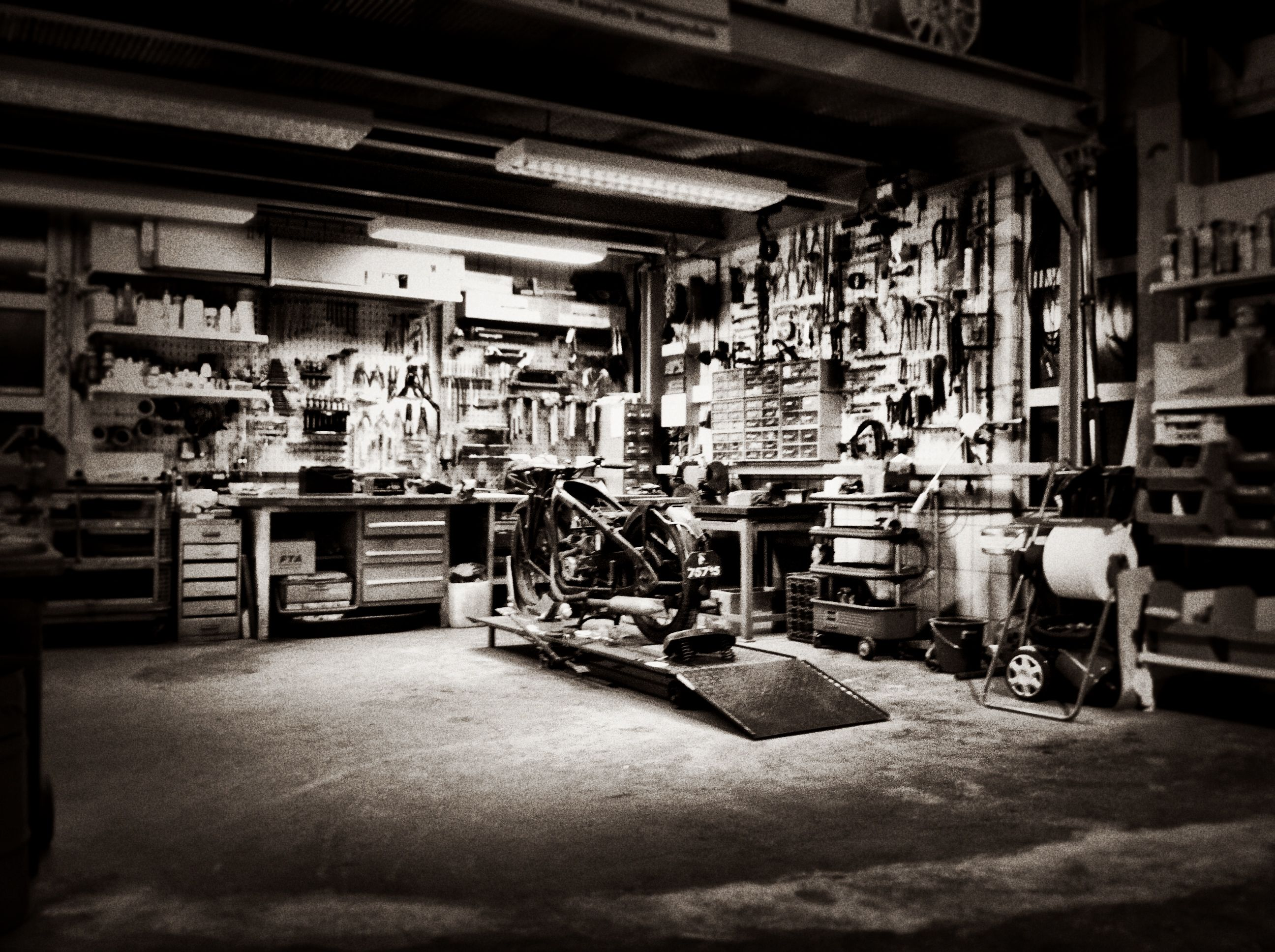 Custom Garage Hopf Engineering Home Workshop