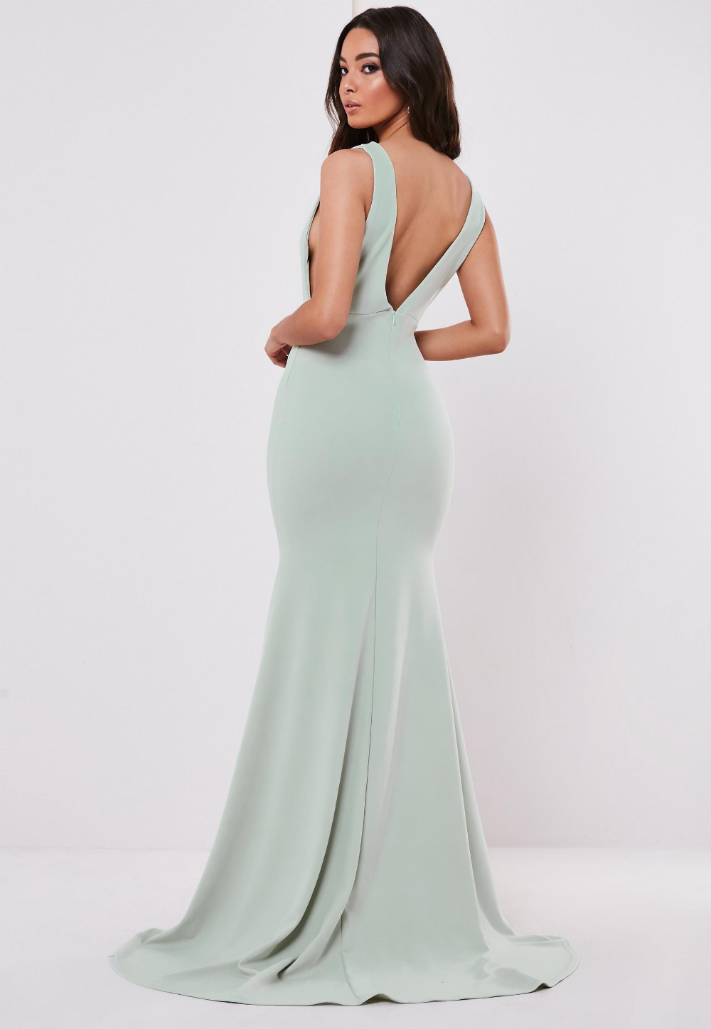 Bridesmaid Green Sleeveless Low Back Maxi Dress Missguided Red Prom Dresses Uk Prom Dresses Uk Red Prom Dress