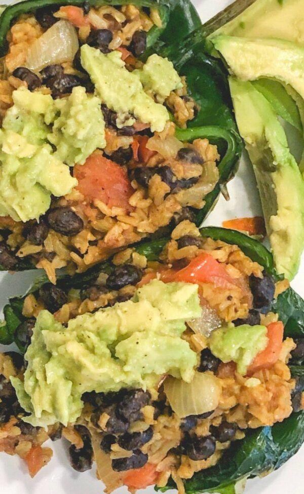 Vegan Stuffed Poblano Peppers - Daniel Fast Recipe - Balancing Bucks #fastrecipes