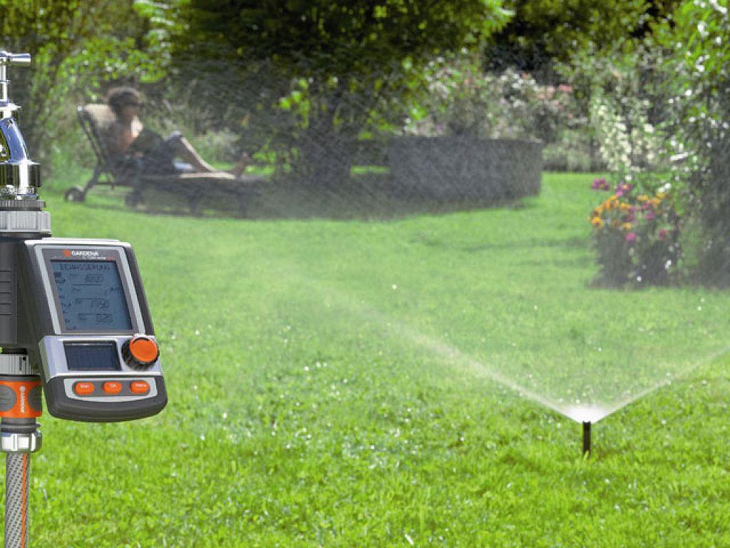 Sistema de riego automático última generación.