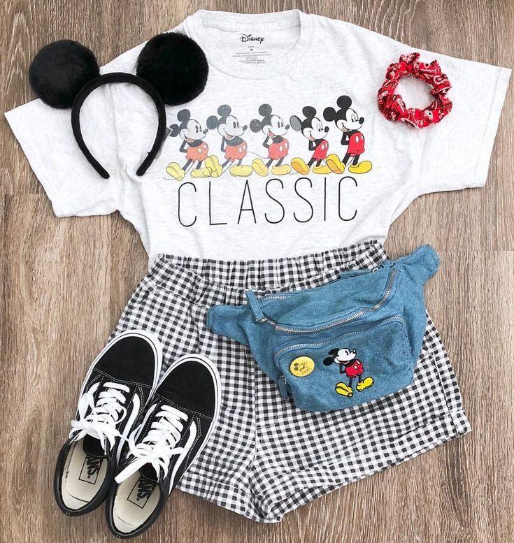 """Photo of Ashtine Jade🌙 auf Instagram: """"Mickey Mouse wird für immer klassisch sein ❤️. . Hallo allerseits! Ich wollte mir nur einen Moment Zeit nehmen und allen 10.3k von euch Hallo sagen! 🤗 Vielen Dank… """""""