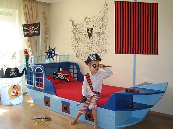 Fabulous Kinderzimmer praktisch und kindgerecht einrichten Piraten KinderzimmerKinderzimmer GestaltenJugend