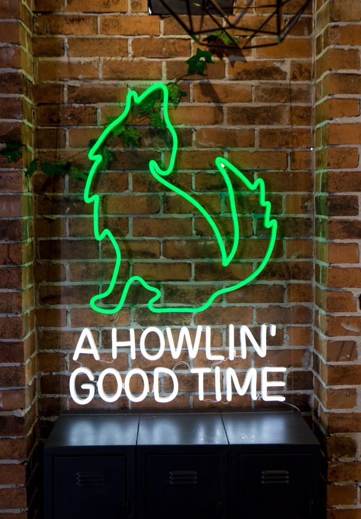 mexican custom led neon sign howling wolf green restaurant