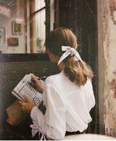 Photo of Femininer Stil – weißes Top und Haarschleife – Inspiration für Haar und –  #femininer #für #H…