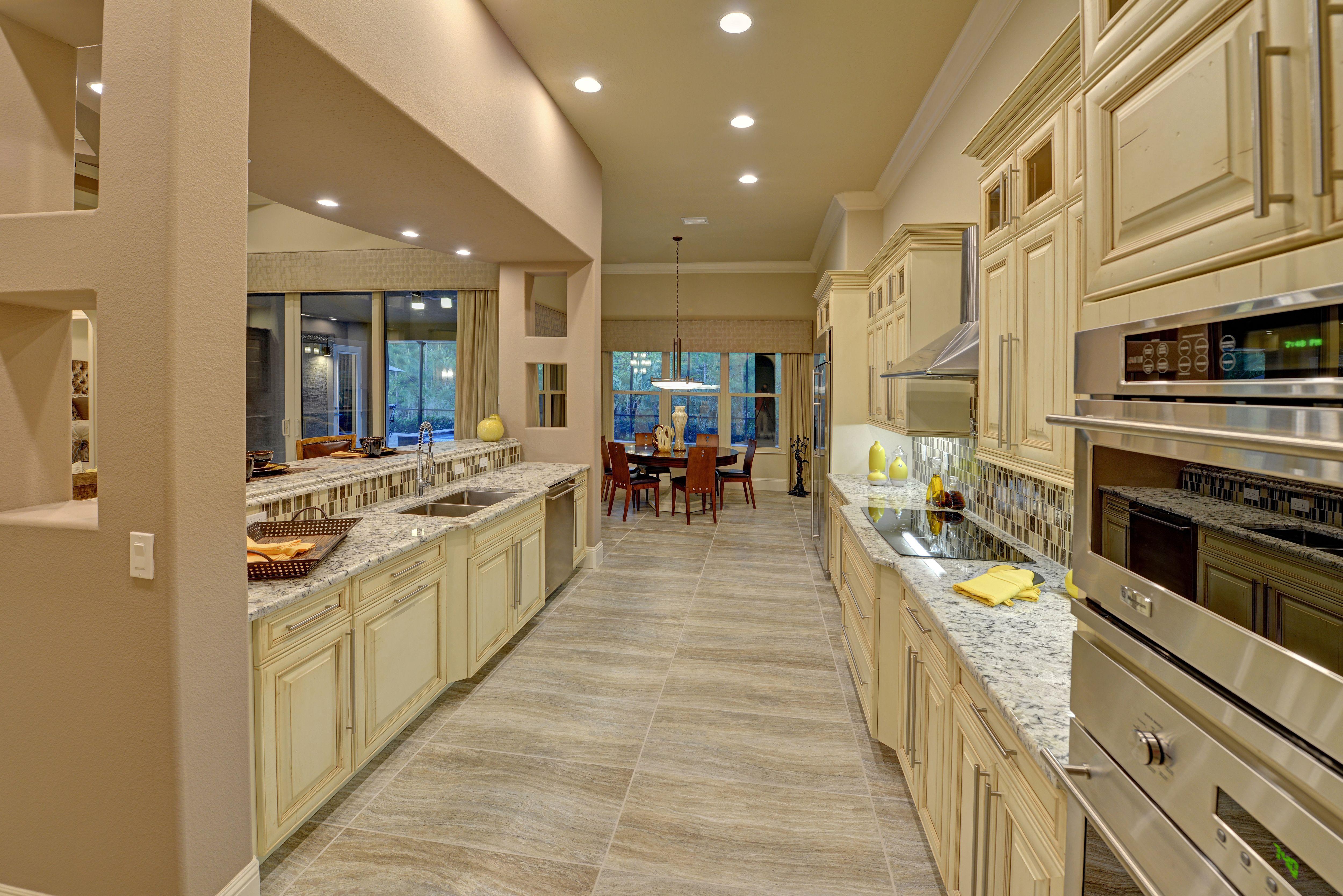 Https Www Kargarhomes Com Kitchen Cabinets Kitchen Breakfast Bar