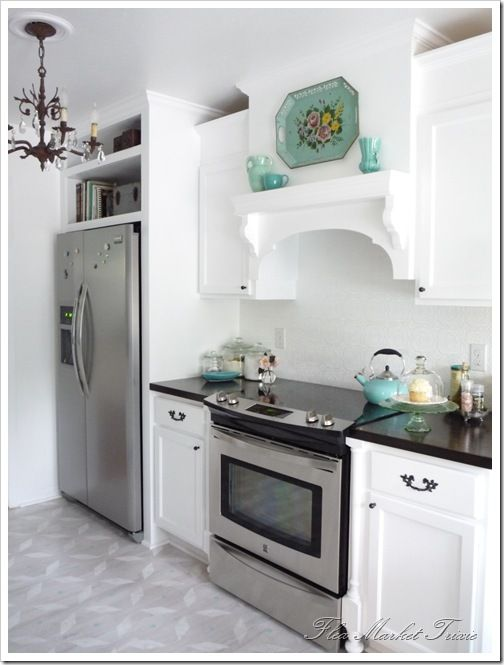 A Few Notes For My Kitchen Makeover They Did Diy Custom Range Hood Put Strair Baers On Either Side Of The Stove Look