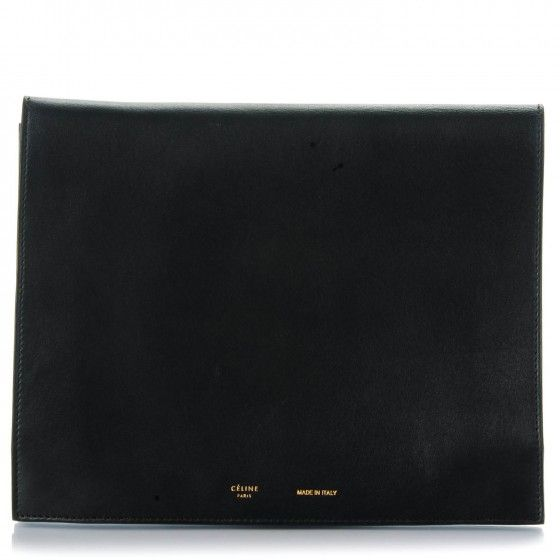 This is an authenticCELINE Smooth Lambskin iPad Folio Clutch in Black. This elegantly simple pouchette is versatile and functional with plenty of room for storage.
