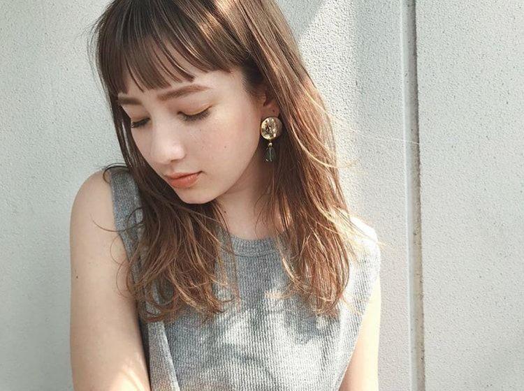 40代のミディアムヘアカタログ Lala Magazine ララ マガジン オン眉 ロング 前髪 ロング 髪型 40代