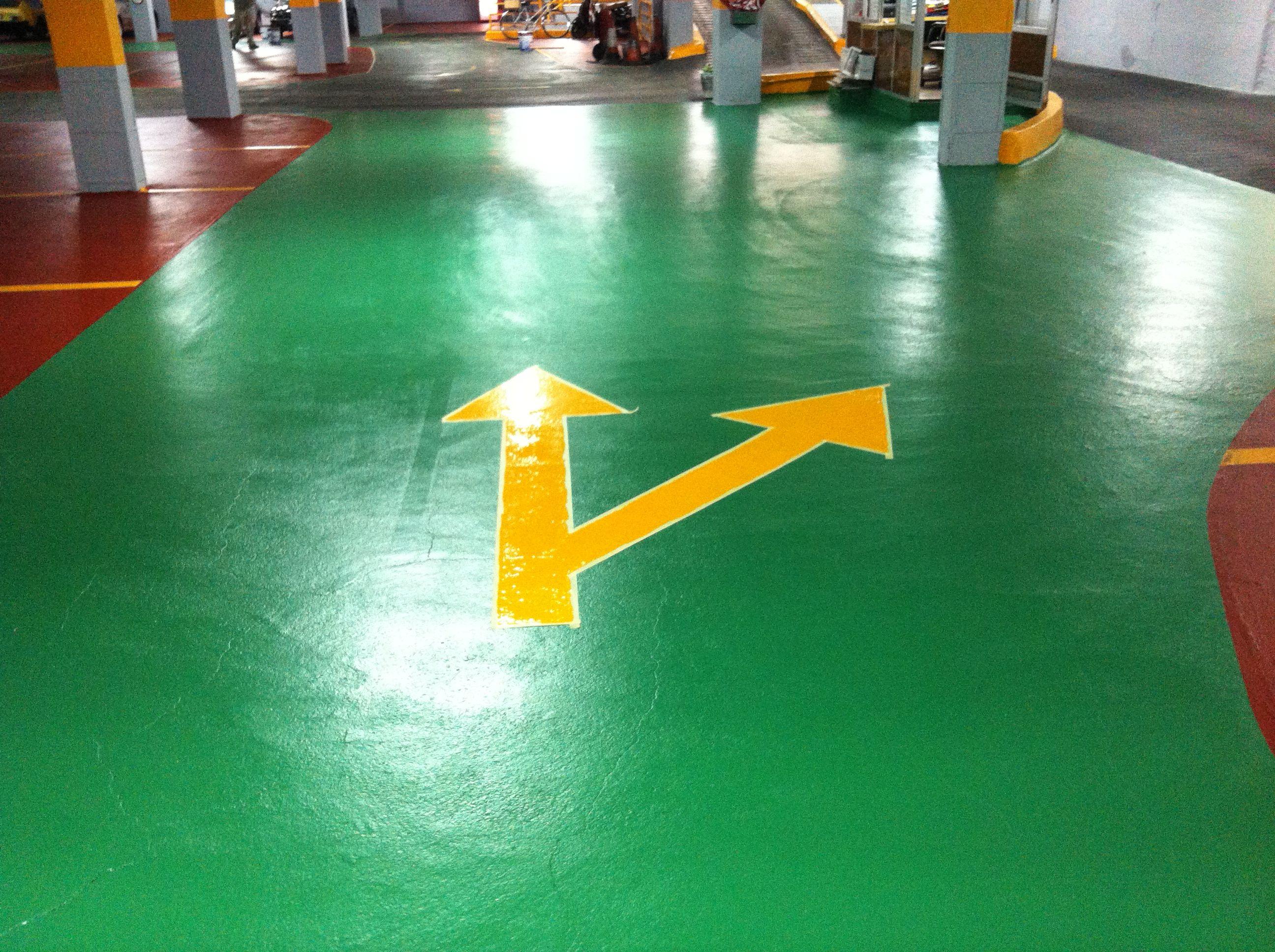 Pintura epoxi verde pintura epoxi suelos pintar parking o garaje pinterest suelos - Pintura suelos garaje ...