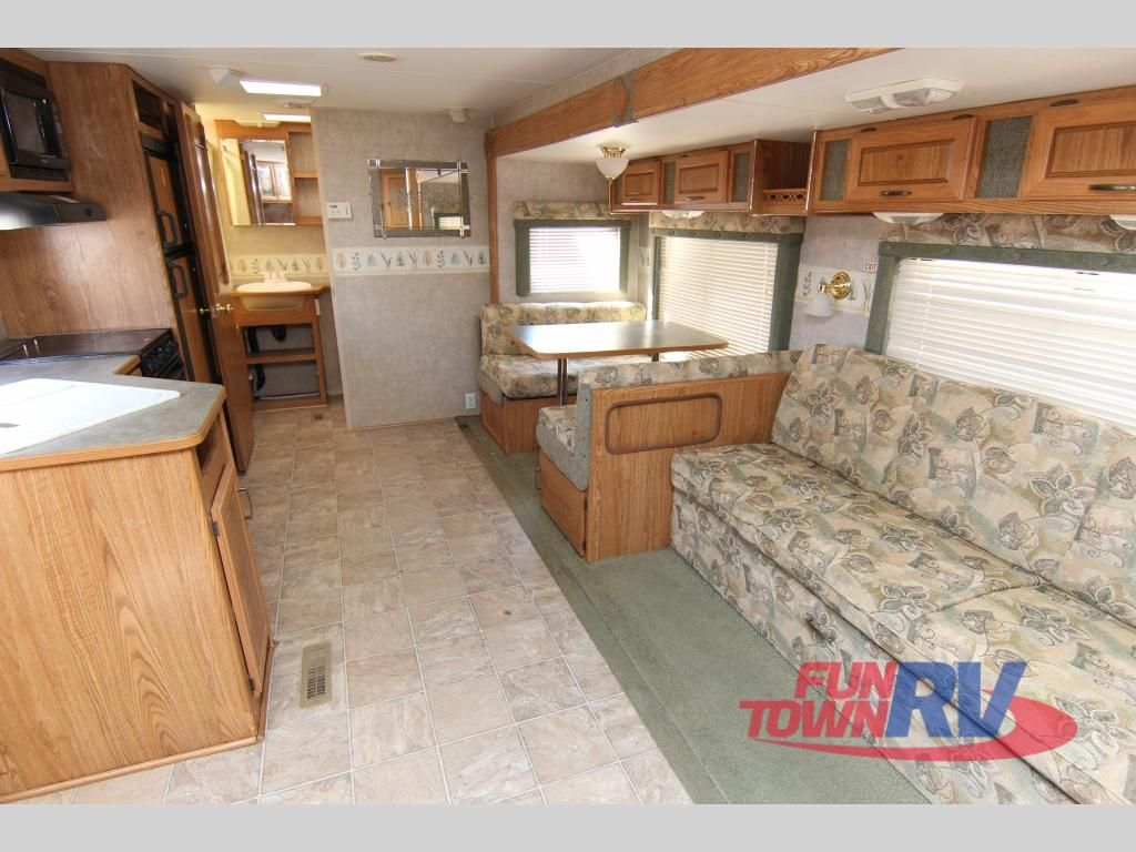 Used 2006 Fleetwood RV Wilderness 270FQS Travel Trailer at