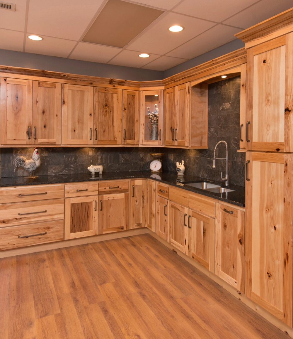 Rustic Hickory Shaker 36 X 15 Wall Cabinet Cabinet Hickory Rustic Shaker Wall In 2020 Rustic Kitchen Cabinets Hickory Kitchen Cabinets Kitchen Design