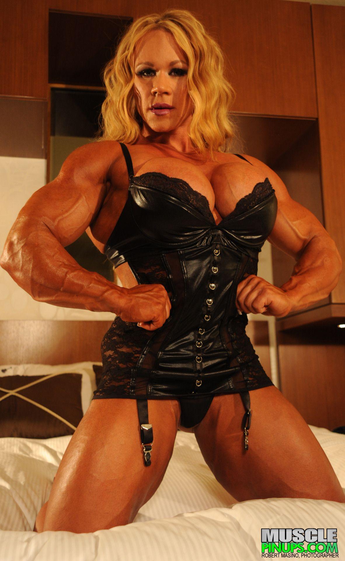 Huge muscular women, fukking women