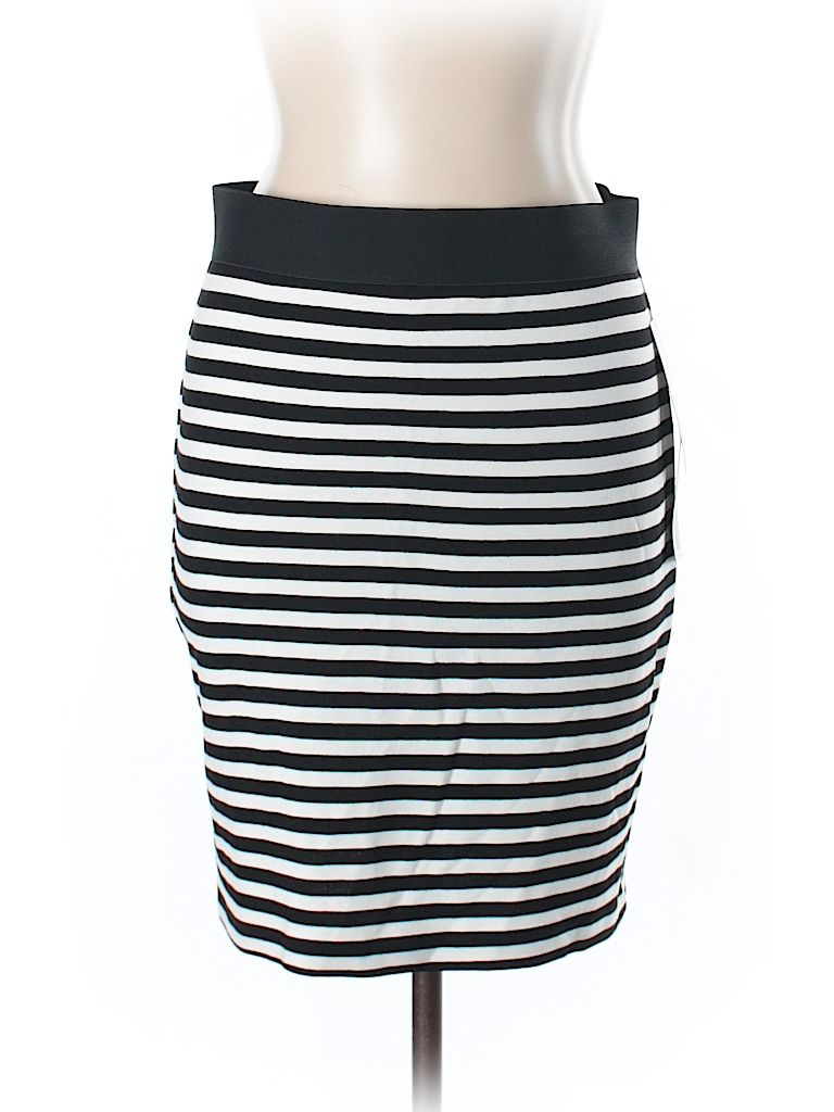 Check it out—Karen Kane Casual Skirt for $16.99 at thredUP!