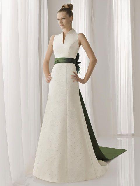 vestido de novia con cinturón de tafetán verde | white fabulous