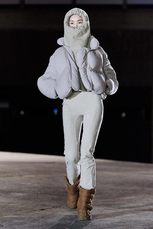 Yeezy Fall 2020 Ready To Wear Fashion Show In 2020 Fashion Yeezy Fashion Kanye West Adidas Originals