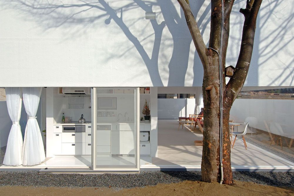 Acrylic House by Takeshi Hosaka Architects CO.,LTD. in Japan ...