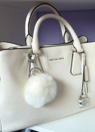acec58ace6f78 Kaufe meinen Artikel bei  Kleiderkreisel http   www.kleiderkreisel .de damentaschen-and-rucksacke handtaschen 163009663-michael-kors -camille-creme-e…