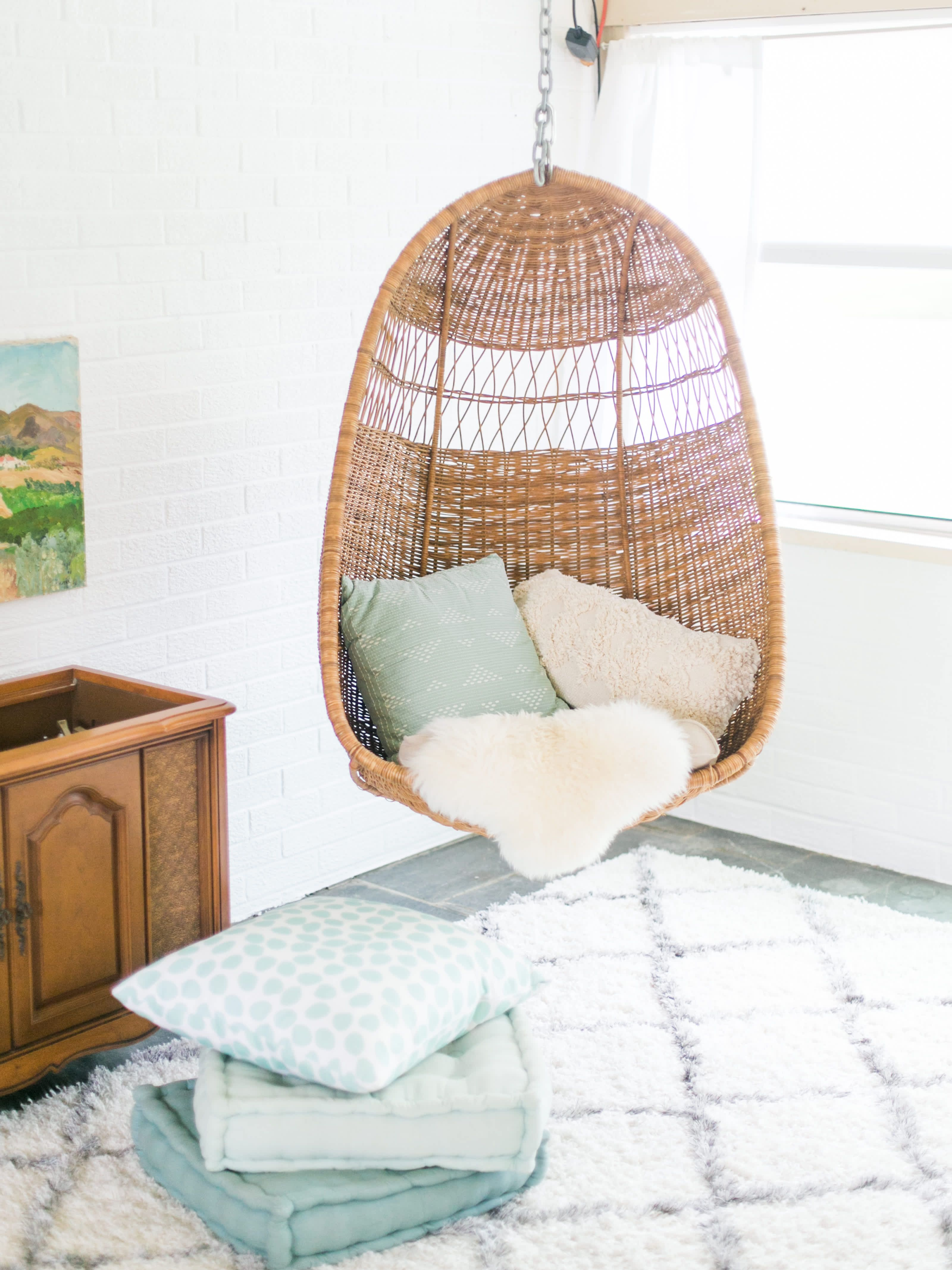 A Blogger S 1960s House Is An Architectural Dream Home Accent Chairs For Living Room Comfy Chairs Hanging Chair From Ceiling