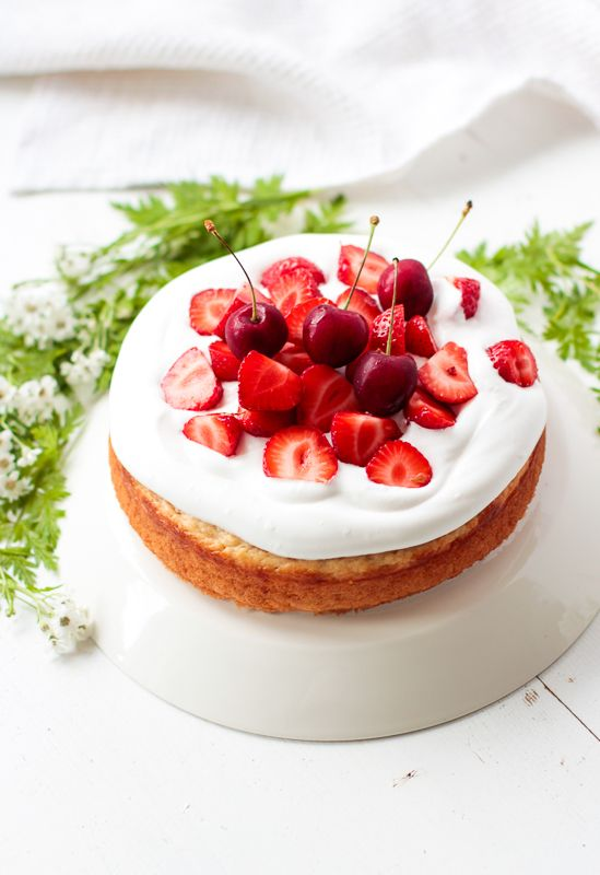 Vegaaninen Valkopapukakku Vegan White Bean Cake