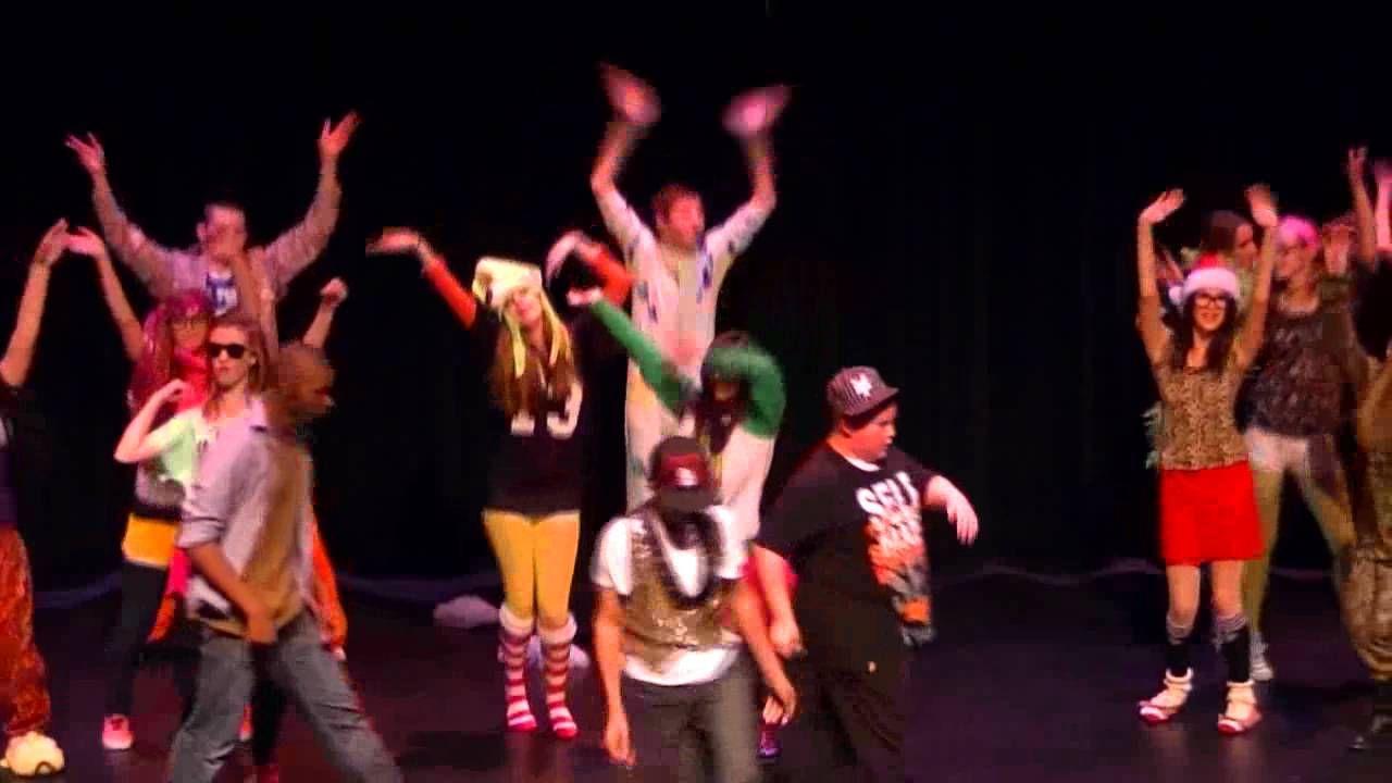 We Glee singing Party Rock Anthem