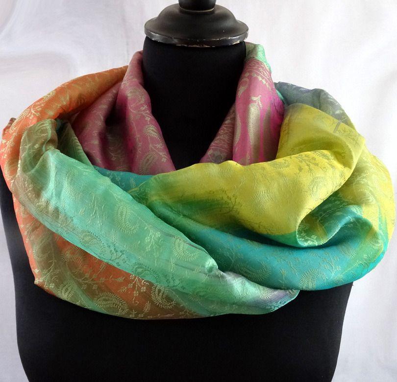 Snood femme ou homme multicolore bleu, vert et jaune chatoyant en soie  mélangée polyester   Echarpe, foulard, cravate par akkacreation a4f9230e999