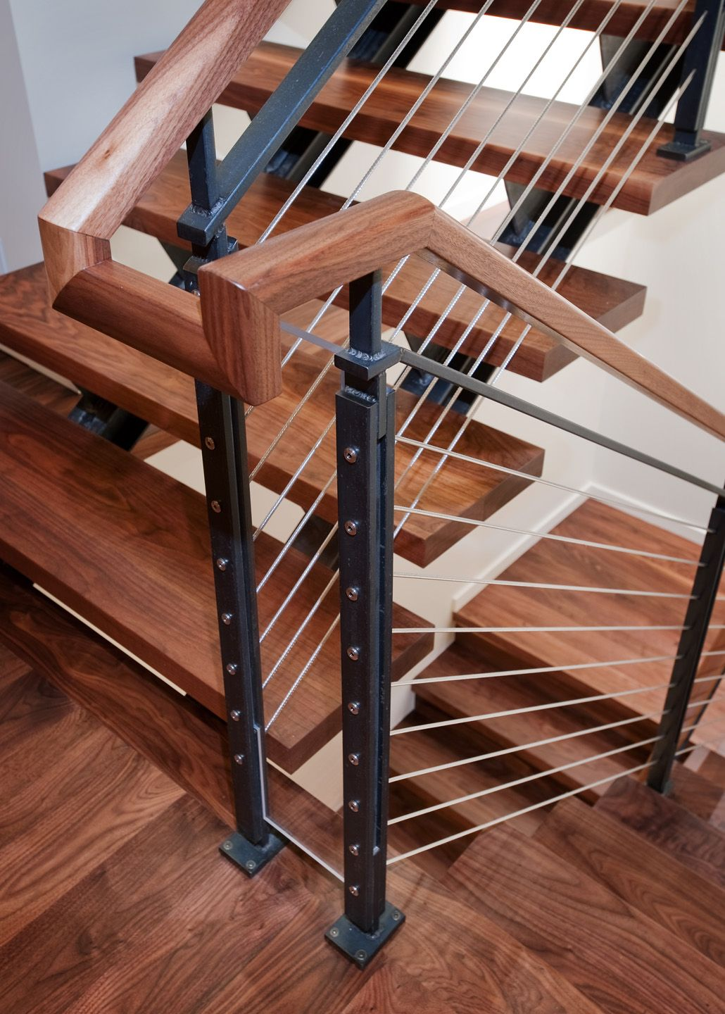 Best Stairs Rails – Dyna In 2020 Stair Railing Railing 400 x 300