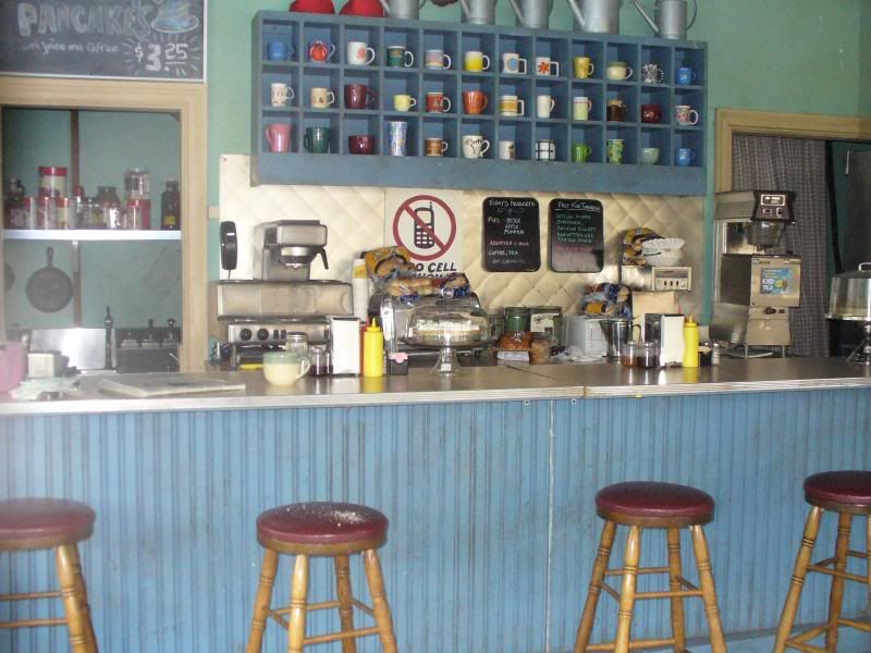 Free Daily Desktop Android Iphone Wallpaper By Webshots Lukes Diner Diner Waffle House
