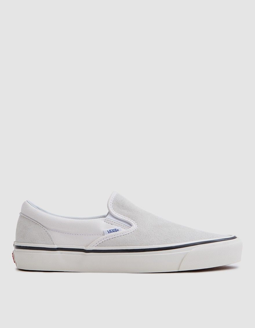 Classic Slip On 98 DX Anaheim Factory in OG White | Vans