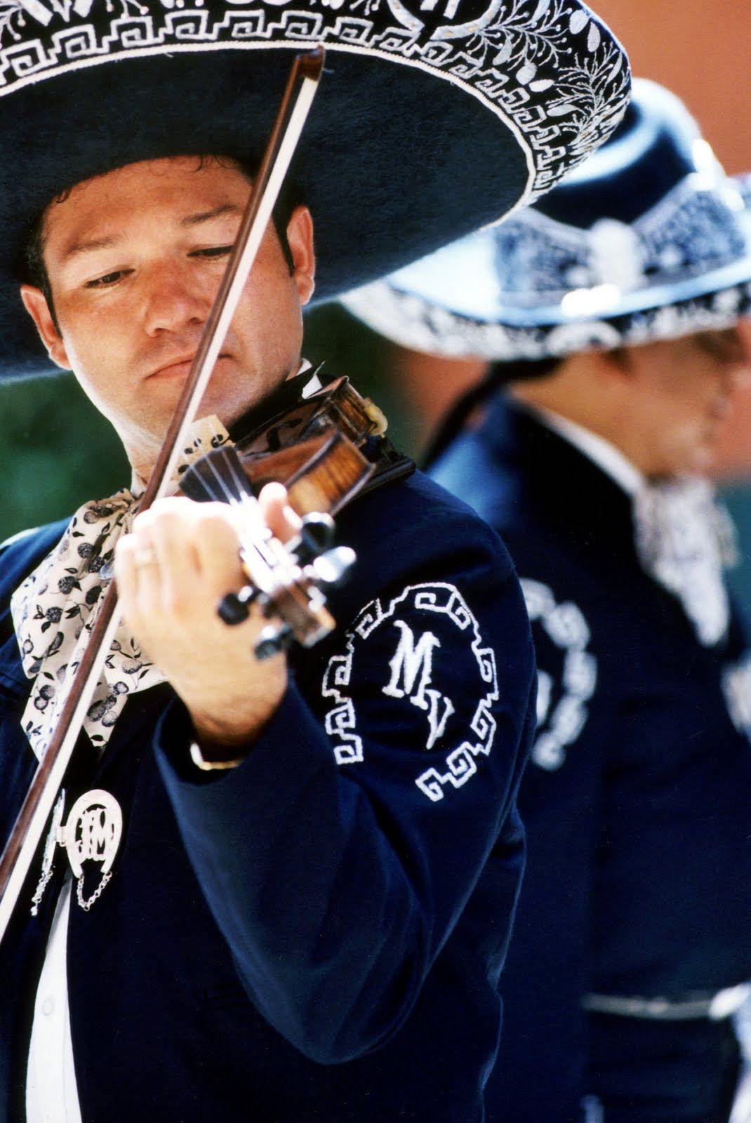 Http Deliahernandezintrospecciones Blogspot Com 2011 08 El Mariachi Orgullo Y Tradicion De Html Mexico Tradiciones Cultura Mexicana Mexico Lindo