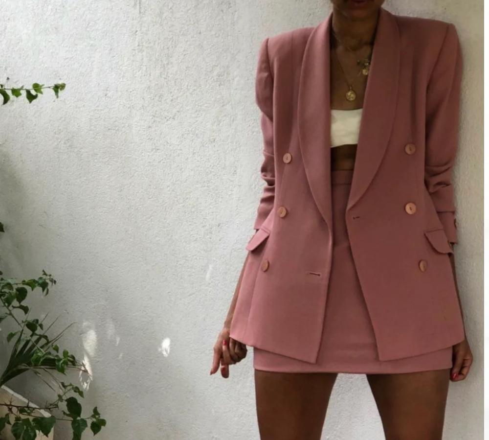 Стильные советы: Какой костюм купить на весну