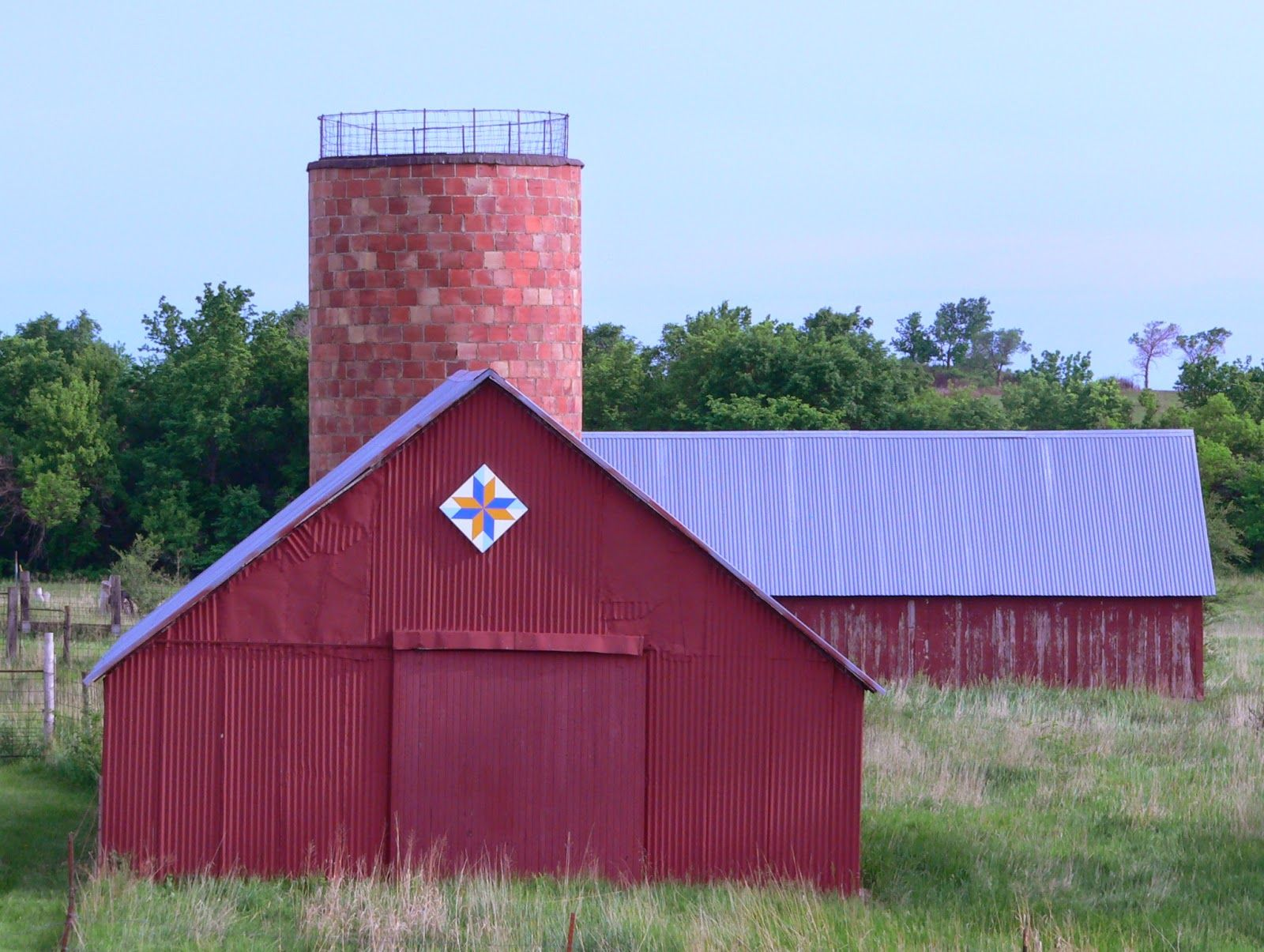 "Kansas Flint Hills Quilt Trail: RILEY COUNTY: ""LeMoyne Star 16433 Madison Road, Riley KS 66531"