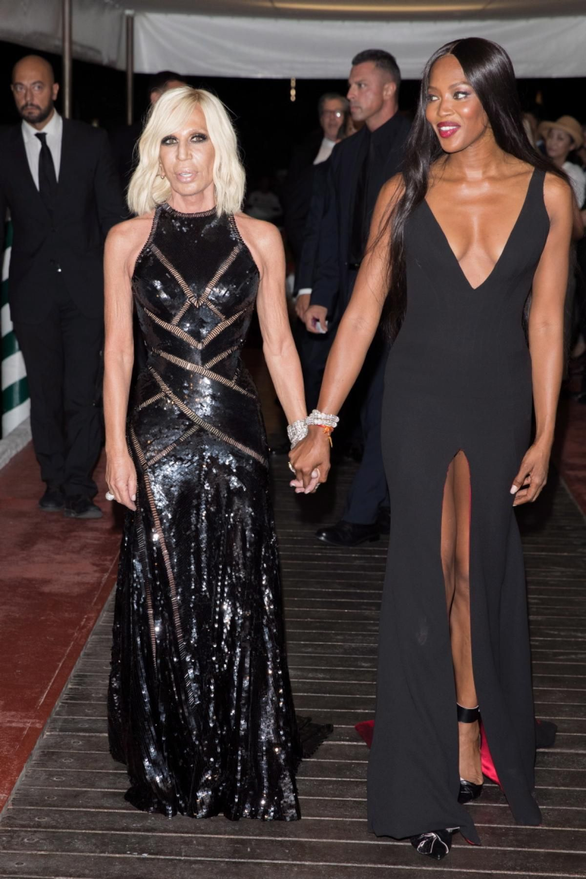 Donatella Versace And Naomi Campbell Made A Stylish Entrance As