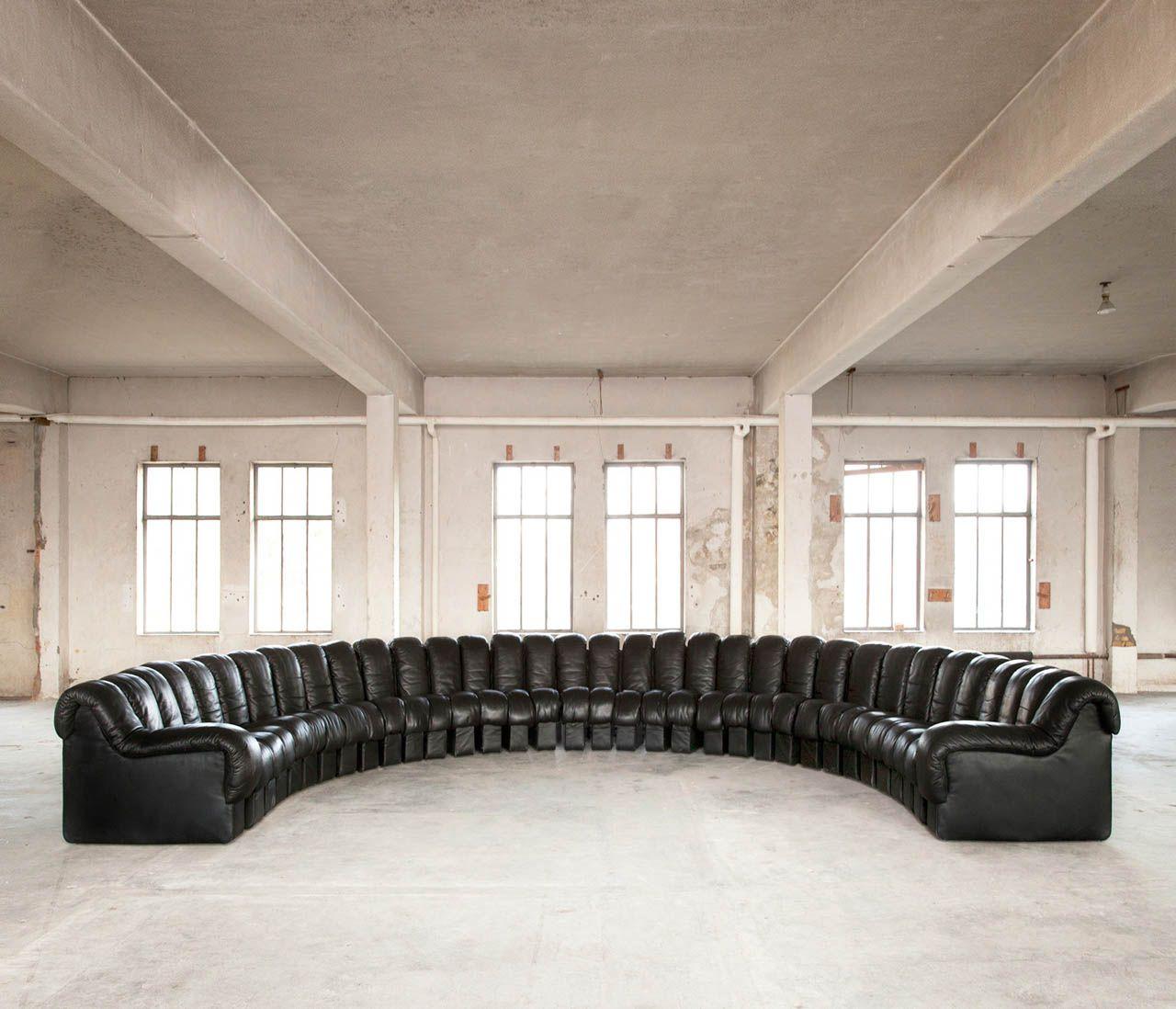 34 piece de sede ds600 snake sofa in original black. Black Bedroom Furniture Sets. Home Design Ideas