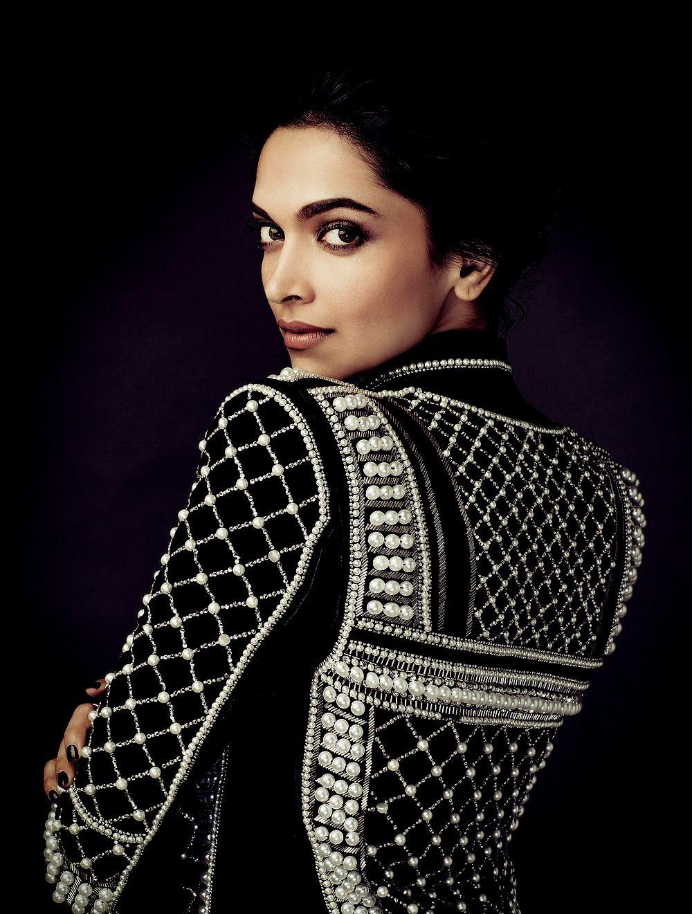 Pin by Ирина Молчанова on Deepika Padukone | Bollywood ...