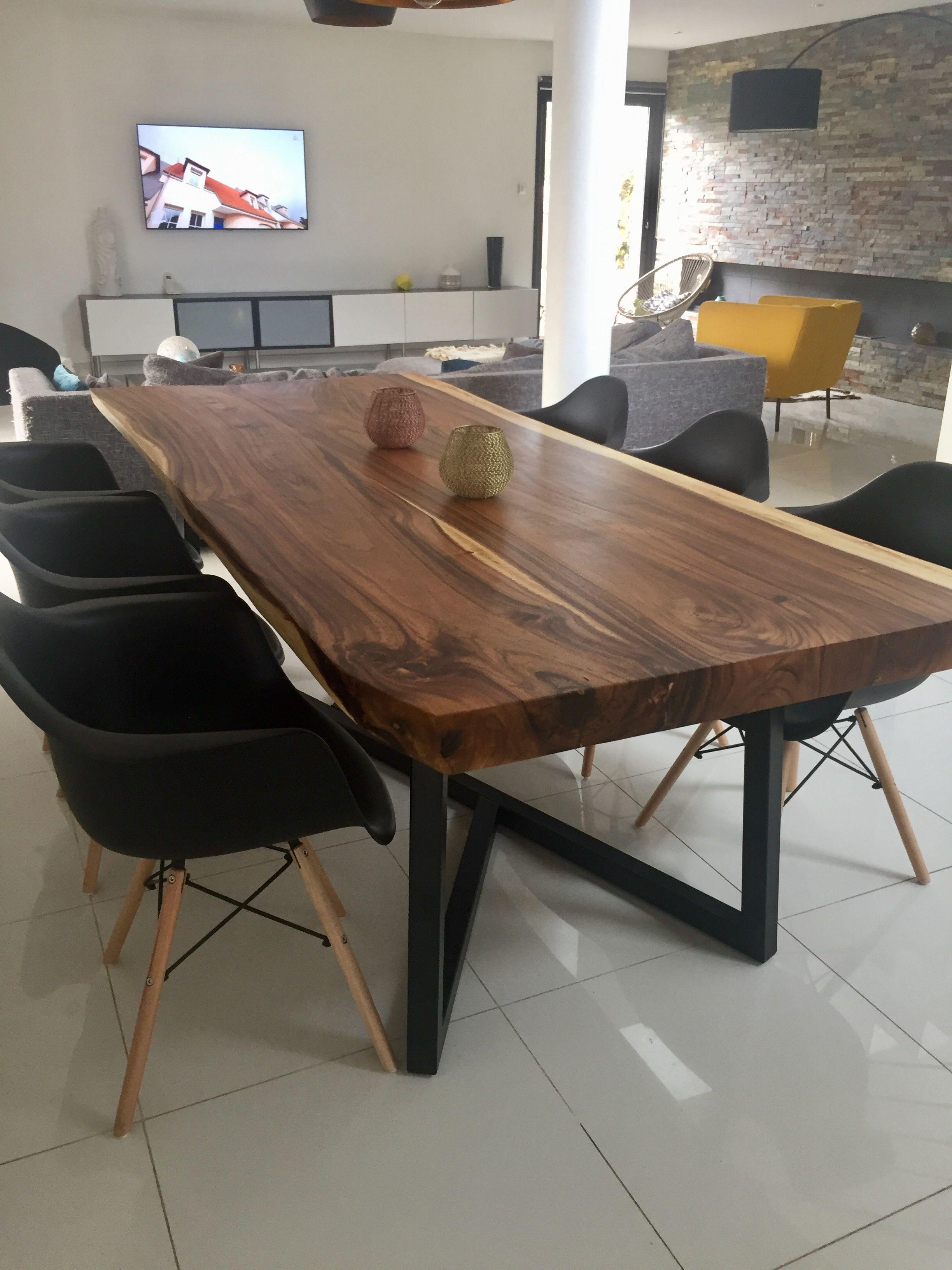 Table En Bois De Suar Massif Cocktail Scandinave Table Bois Table Bois Massif Idees Pour La Maison