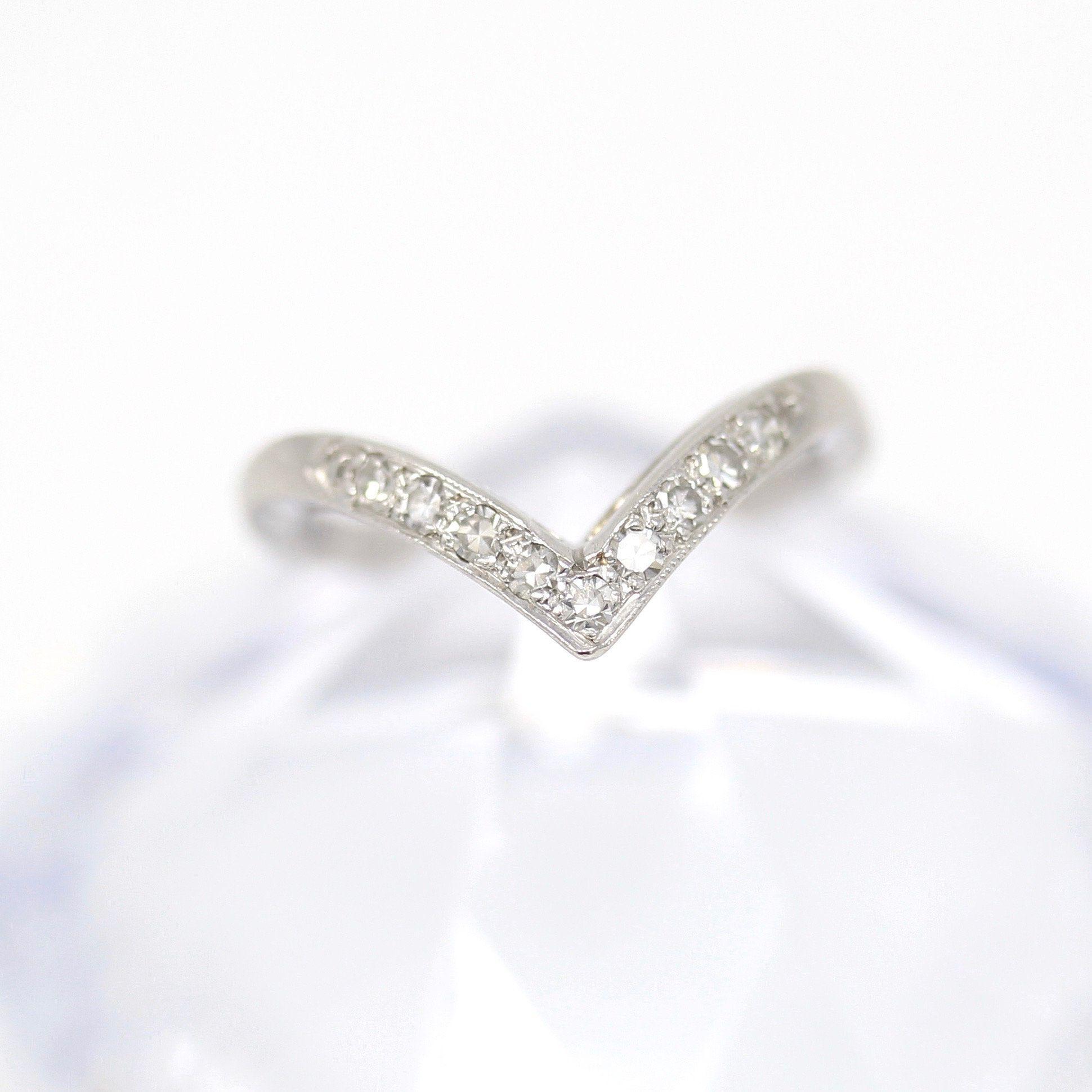 Curved Diamond Band Platinum V Style Wedding Ring Size 5