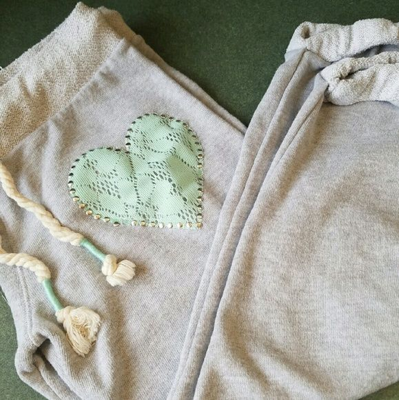 blingy Teal Heart Embroidered Capri Sweats Way cute and super soft grey sweats with aqua/teal embroidered heart. The heart is outlined with goldtoned studs and drawstring ends are tied with the same color.  Completely adorable! No Boundaries Pants
