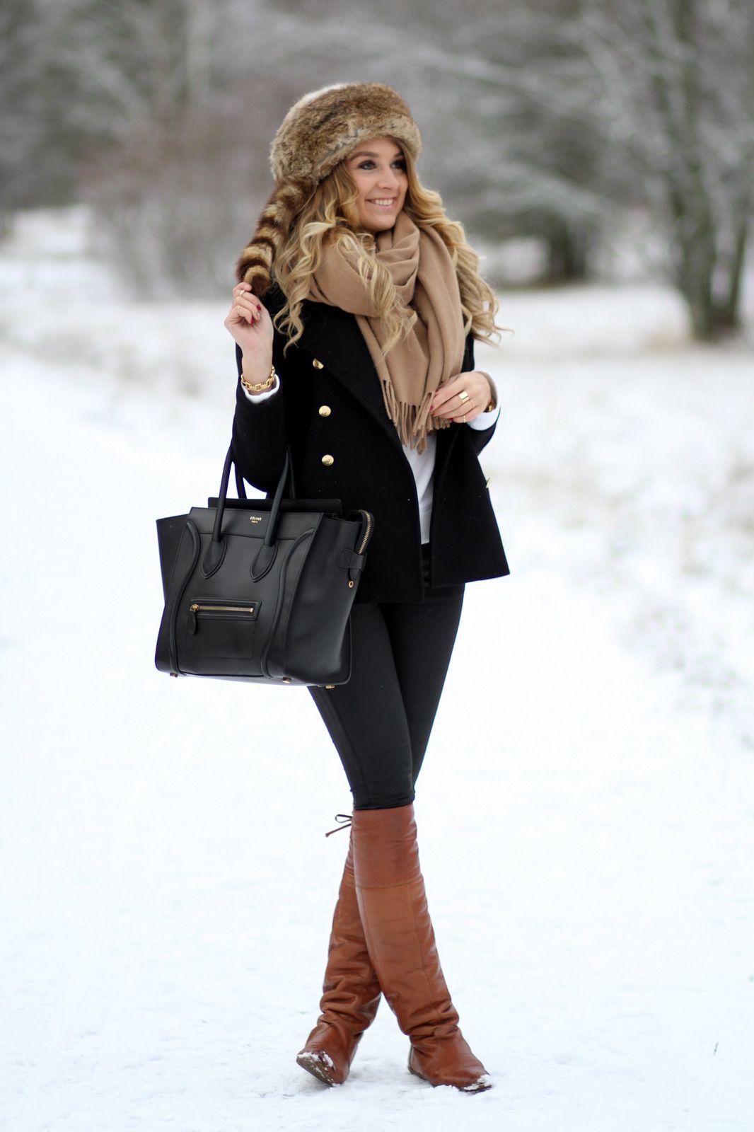 Bont http://www.rantapallo.fi/mungolife/2013/12/31/sudenpentu/  Black, Zara, OTK, ACNE, scarf, fur, hat, Celine, American Retro, fashion, outfit, blogger, Mungolife