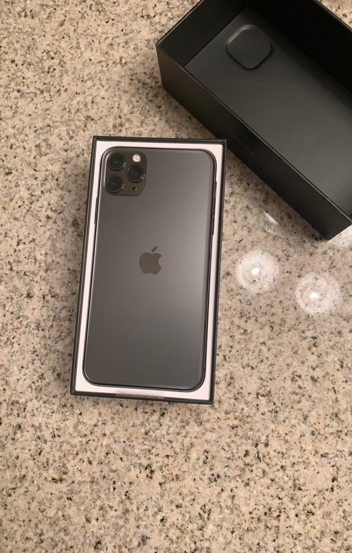 Iphone 11 Pro Max Space Gray 256 Gb Iphone Iphone Essential Apple Smartphone