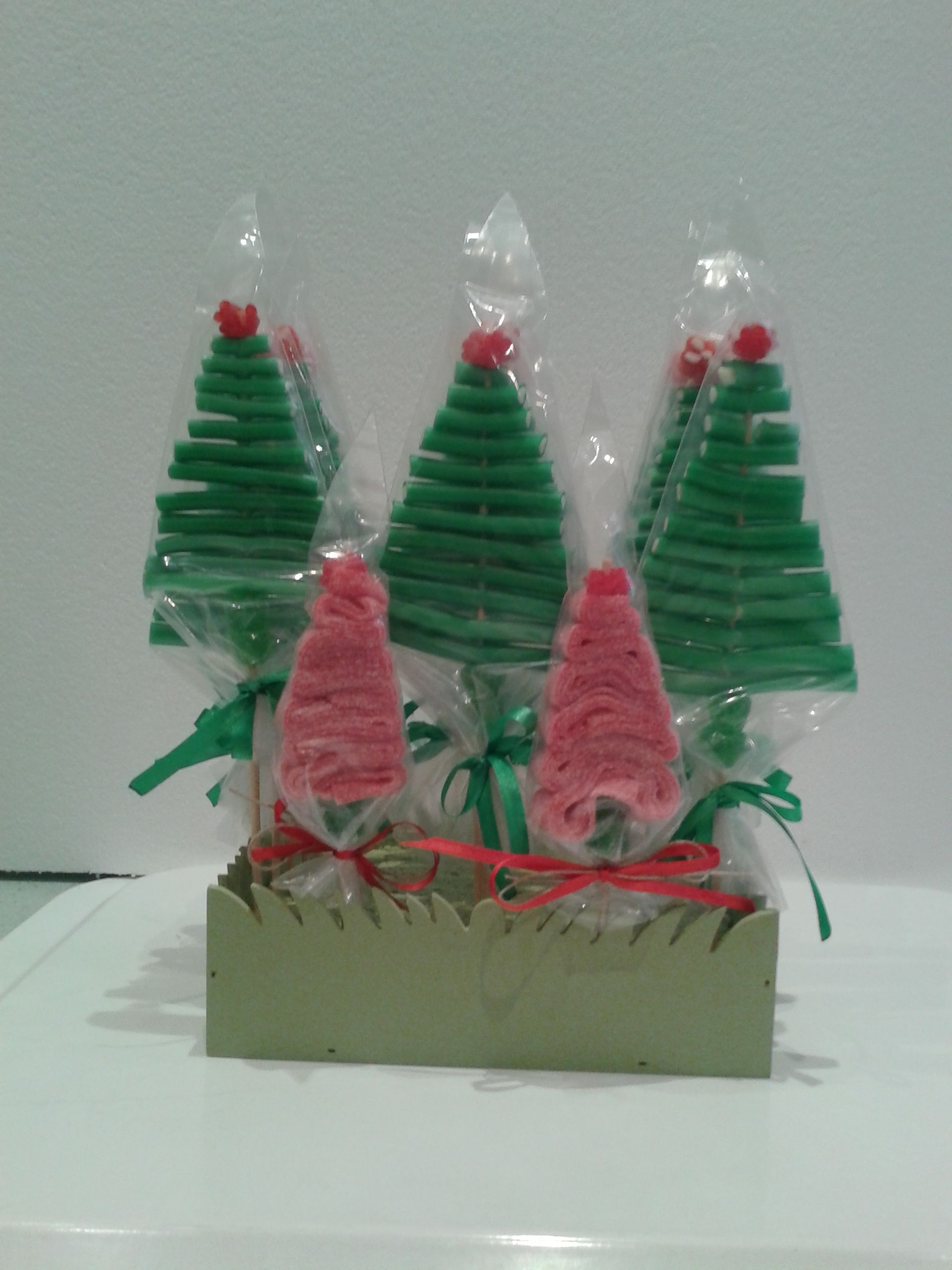 xmas trees with candy wands