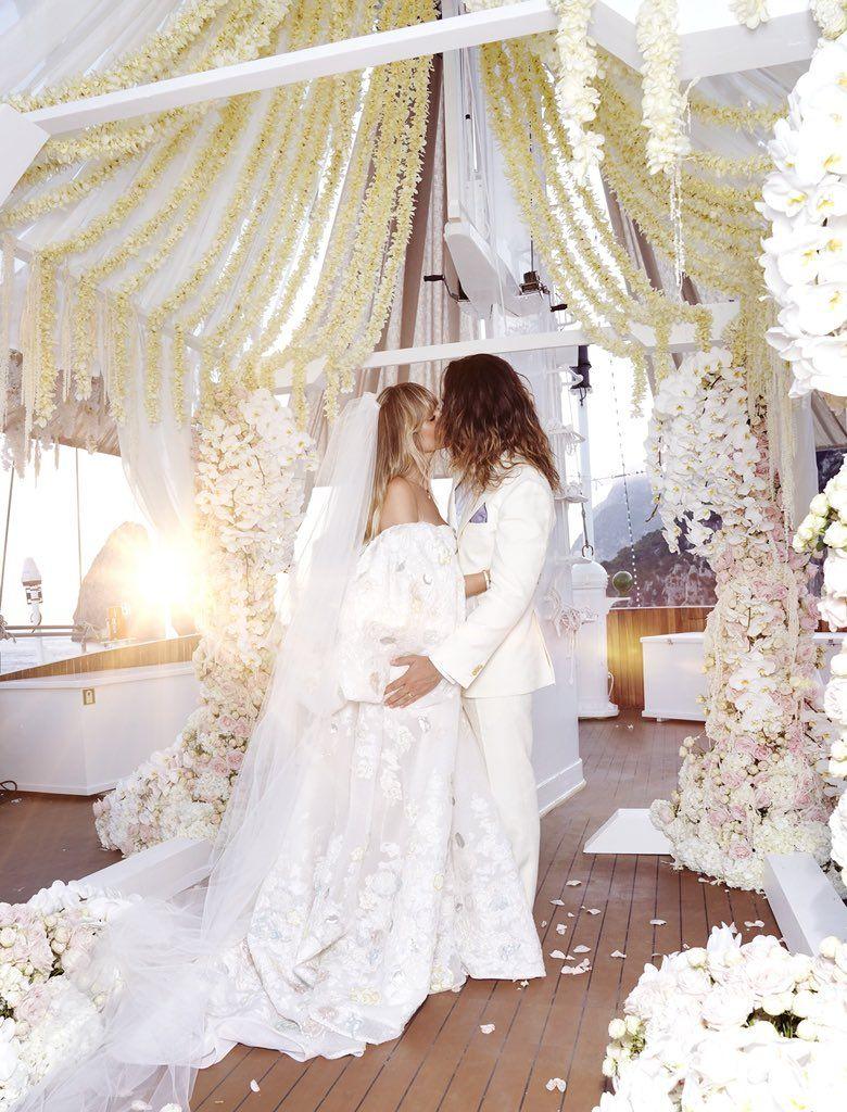 Heidi Klum on  Celebrity wedding dresses, Vogue wedding