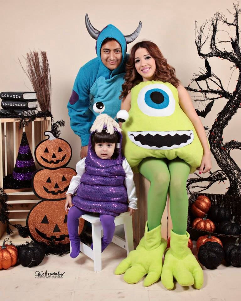 halloween costumes family costume monsters inc boo mike and sully cool halloween