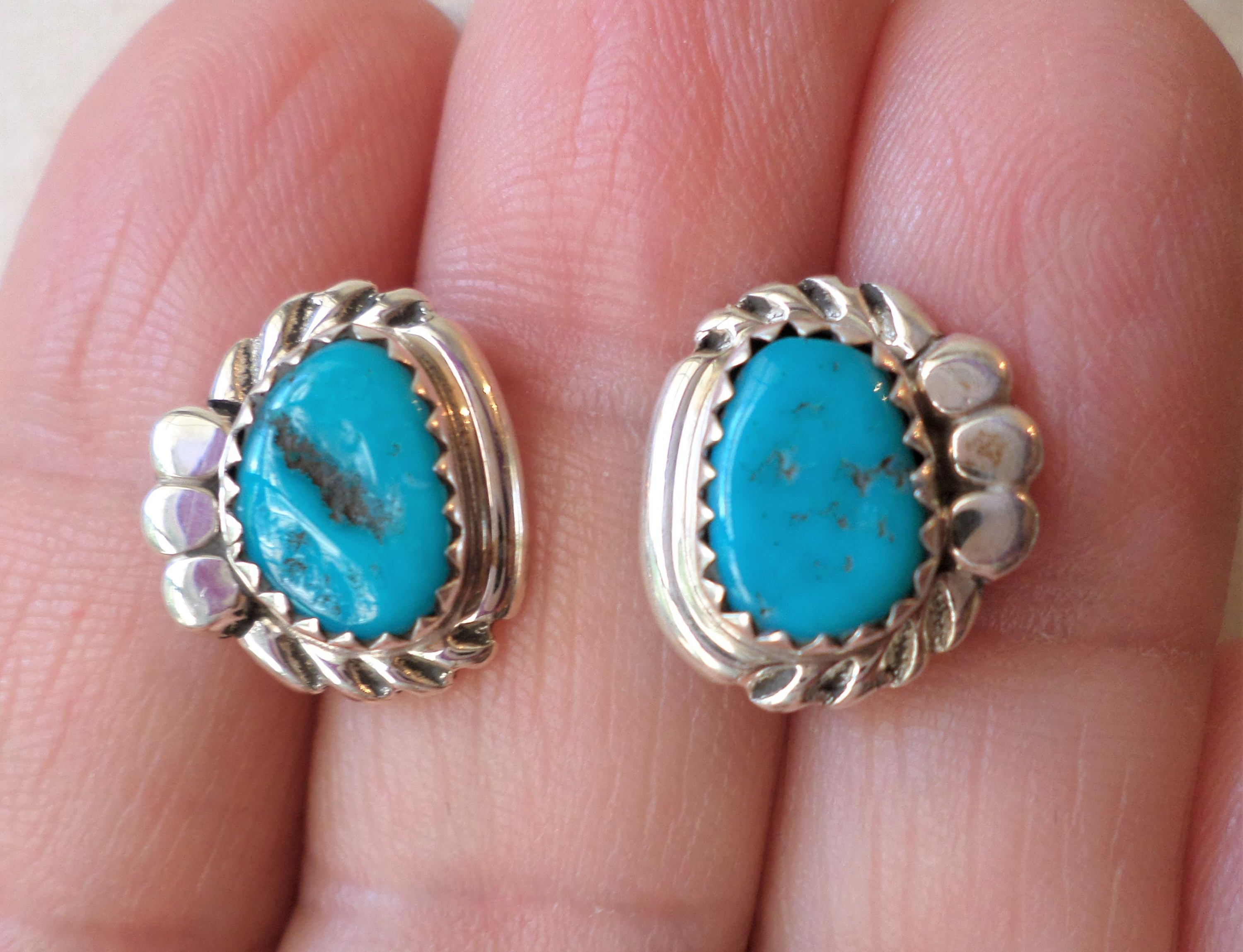 sr stud turquoise earrings